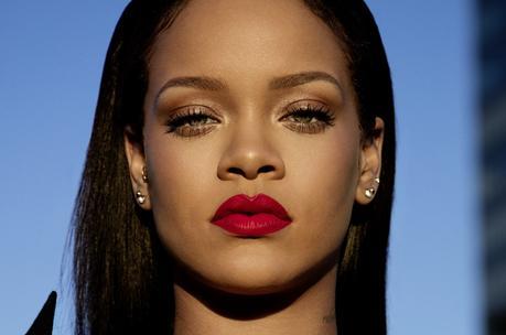 Stunna Lip: el labial rojo que pretende sentarles bien a todas