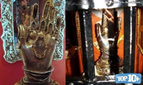 Mano de Santa Teresa de Ávila-entre-las-reliquias-mas-misteriosas-del-mundo
