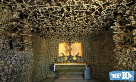 Capilla de los huesos-entre-las-reliquias-mas-misteriosas-del-mundo