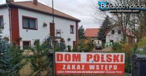 """judíos indignados como mensajes de la casa de huéspedes Polacos """"No se admiten judíos"""""""
