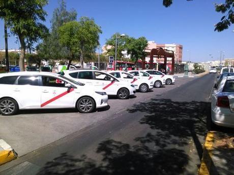 Los taxistas de Dos Hermanas y Montequinto se suman a la huelga del próximo día 29 de Diciembre
