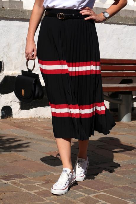 mango-pleated-skirt