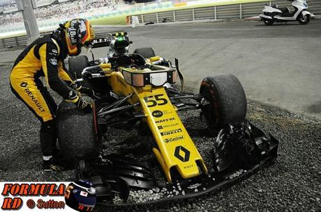 Carlos Sainz Jr. no baja la cabeza pese al lamentable abandono en Abu Dhabi