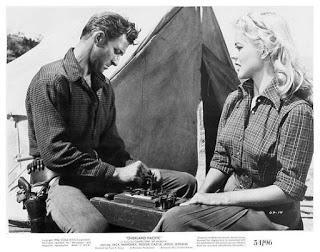 AMENAZAS EN LAS VÍAS (Overland Pacific) (USA, 1954) Western