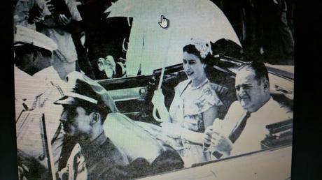 EN EL AÑO DEL CINCUENTENARIO LLEGA A PANAMÁ UNOS DISTINGUIDOS HUÉSPEDES DE LA REALEZA