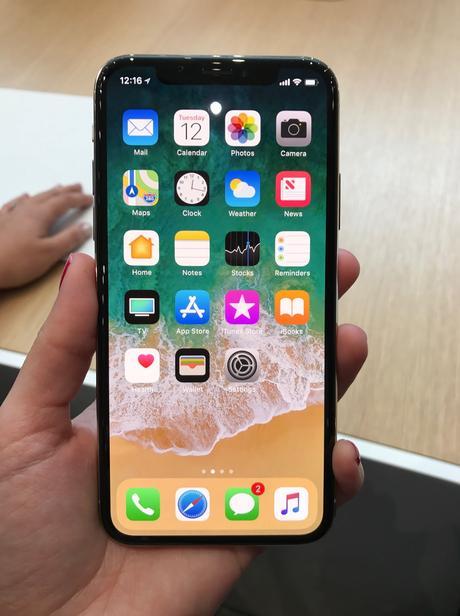 El iphone de apple vendió 6 millones de Iphones el pasado Viernes negro