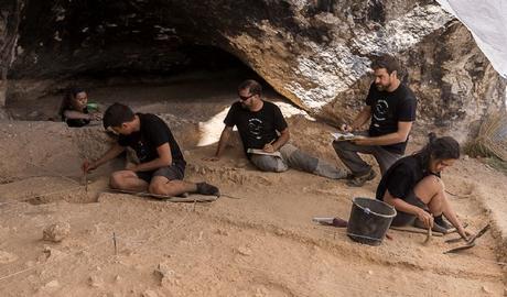 Se desvelan los nuevos hallazgos arqueológicos de la Cueva del Arco de Cieza
