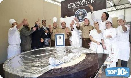 Moneda de chocolate mas grande del mundo-entre-las-comidas-mas-grandes-del-mundo