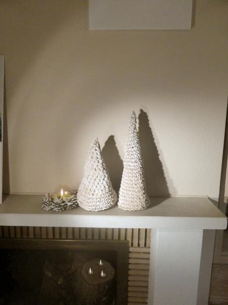 diy arbol de navidad crochet de cuerda y pintura blanca