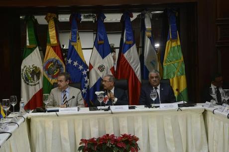 Comienza diálogo gobierno y oposición Venezuela en Santo Domingo