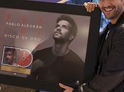 """[NOTA] Pablo Alborán recibe Disco Chile """"Prometo"""""""