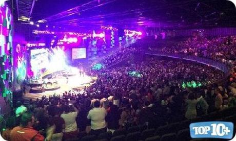 CRC Christian Church-entre-las-10-iglesias-mas-grandes-de-africa