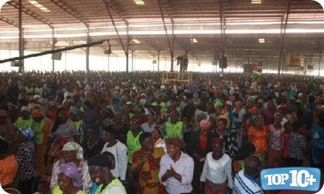Lord's Chosen Charismatic Revival Church-entre-las-10-iglesias-mas-grandes-de-africa