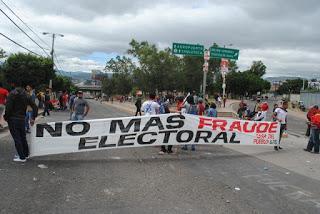 Honduras: Nasralla comparte las actas que fueron a