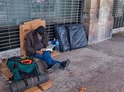 Barcelona (Sant Pere, Santa Caterina Ribera): Lector callejero