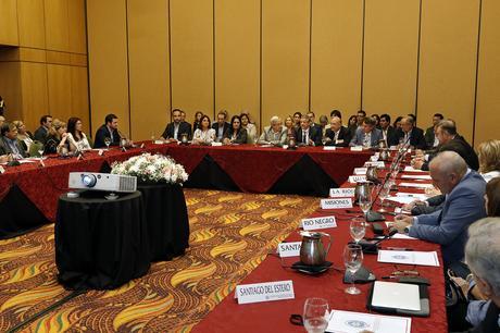 El ministro Rubinstein inauguró en Salta la última reunión del año del Consejo Federal de Salud.