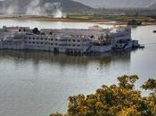 Palacio Siglo XVIII Flota Sobre Aguas