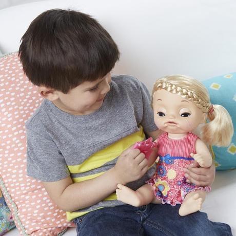 Beneficios de jugar con muñecas