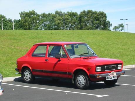 3 marcas de coches populares de los 80 que acabaron desapareciendo de las carreteras españolas (II)
