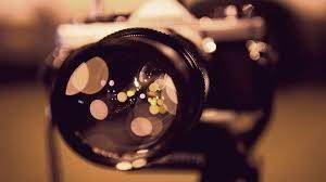 El simbolismo onírico sobre soñar con cámaras fotográficas.