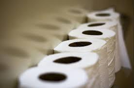 Lo que significa soñar con papel higiénico.