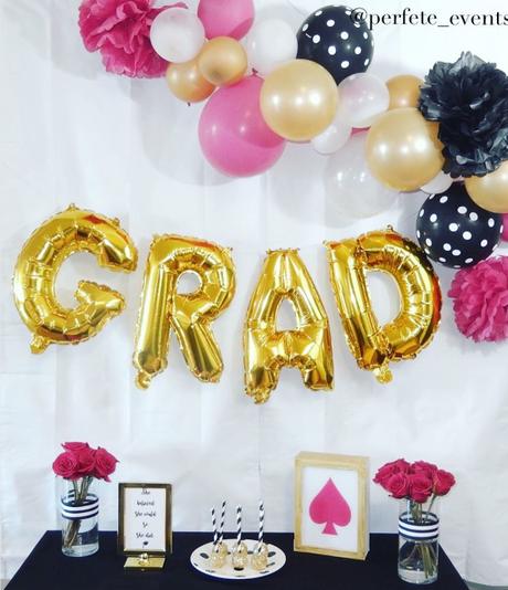 Decora tu mesa de dulces de graduación