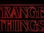 Stranger Things: como pantalones campana