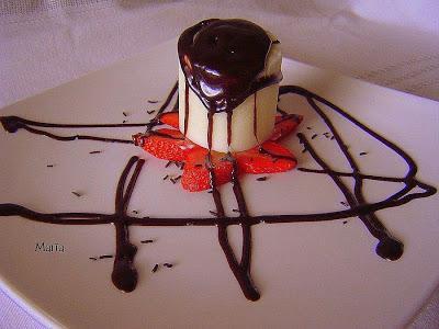 MOUSSE DE COCO CON CHOCOLATE TEMPLADO