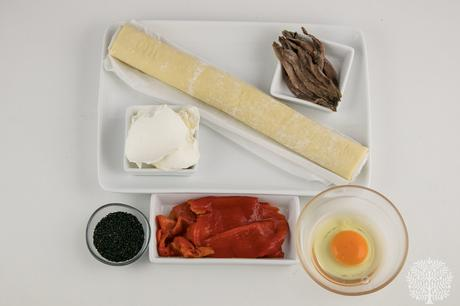 Piruletas de hojaldre salado, un aperitivo para triunfar en tus fiestas