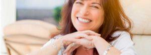 Terapia de reemplazo hormonal para los síntomas de la menopausia: 5 hechos que usted debe saber