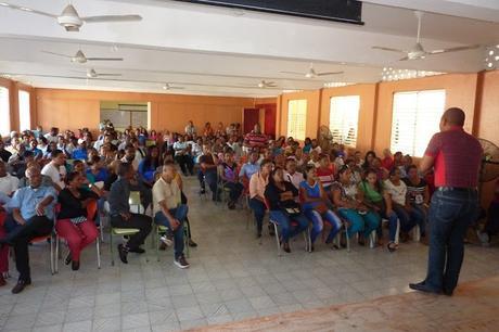 ADP Neiba paraliza escuelas por tiempo indefinido.