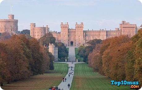 Castillo-Windsor-top-10-casa-residenciales-mas-grandes-del-mundo