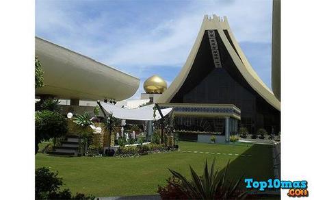 Istana-Nurul-Iman-top-10-casa-residenciales-mas-grandes-del-mundo