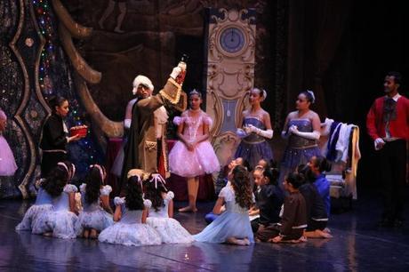 La Navidad invade al Teatro de la Paz  con El Cascanueces este fin de semana