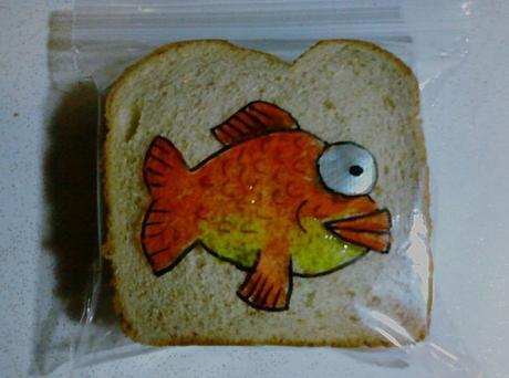 Un Papá dibuja en las bolsas de sándwich de sus hijos todos los benditos días