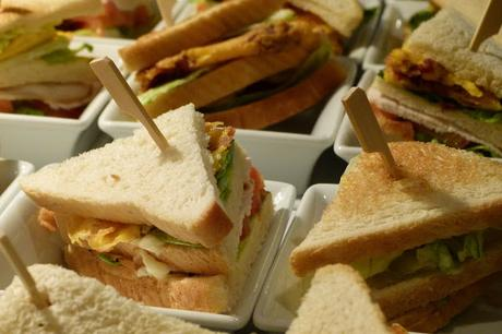 CLUB HOUSE SANDWICH O SANDWICH CLUB