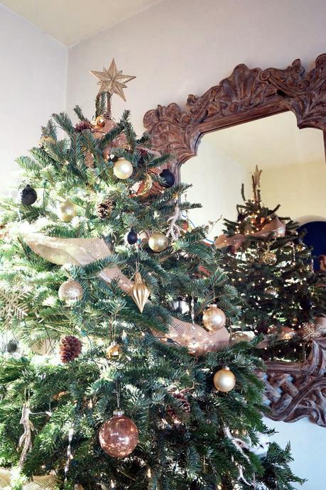Decoración de Navidad en negro y dorado