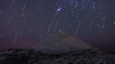 """El mundo pudo disfrutar de la lluvia de estrellas """"gemínidas"""""""