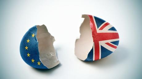 Brexit: el Banco de Inglaterra prevé ahora un menor riesgo en la salida de la UE