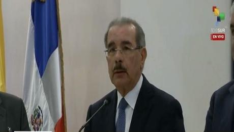 Danilo informa dialogo sobre Venezuela avanza en 6 puntos; partes volverán en enero.