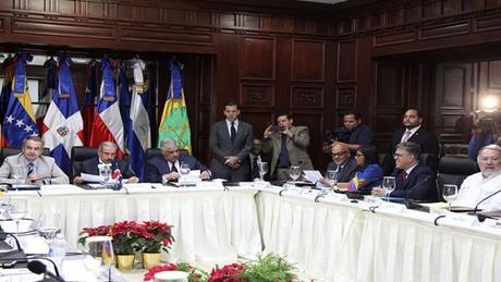 Inicia en Santo Domingo diálogo entre gobierno y oposición de Venezuela.