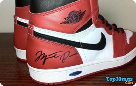 Nike Air 1 Autografiado por Jordan