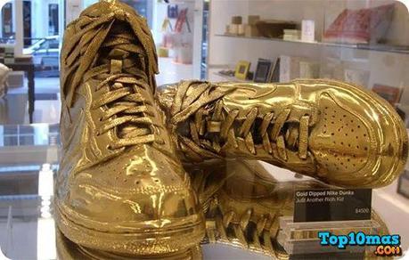Nike Dunks Bañados en Oro