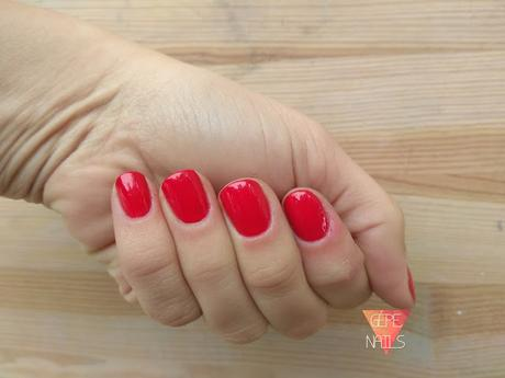 RED TARTAN NAILS   |      TUTORIAL