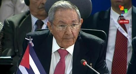 Raúl Castro no dejará el poder en Febrero