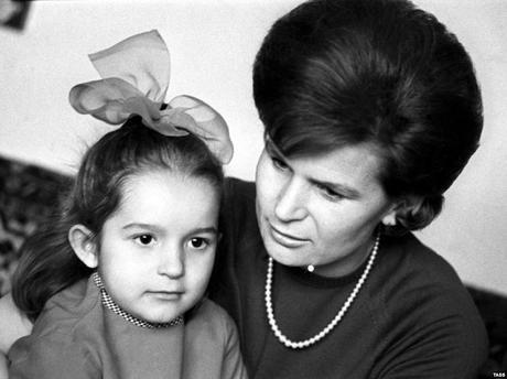 Conquistando el universo, Valentina Tereshkova (1937)
