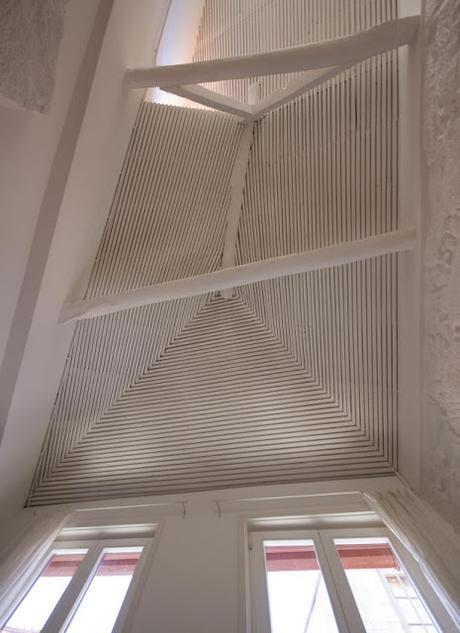 Un mini piso rehabilitado en Portugal, finalista de los premios FAD