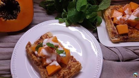Tarta de  hojaldre y papaya