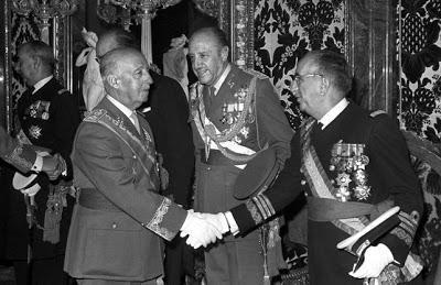 Una treintena de herederos del franquismo mantienen los títulos nobiliarios otorgados por el dictador.