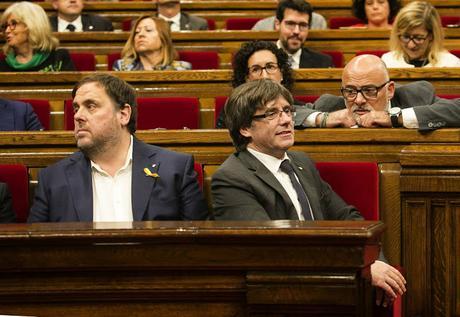 [A VUELAPLUMA] Nación frente a democracia en la Transición española